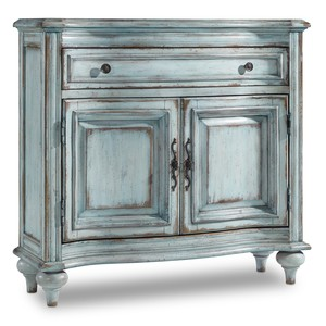 One-Drawer Two-Door Chest | Hooker Furniture