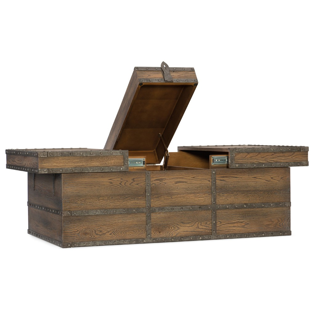 Pinta Trail Strong Box Cocktail Table | Hooker Furniture