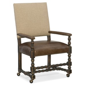 Comfort Castered Game Chair | Hooker Furniture