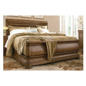 Louie P's Sleigh Bed   Universal Furniture