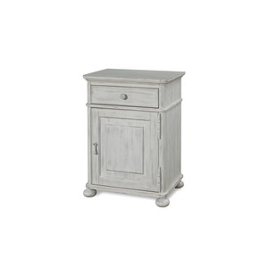 Dogwood Door Nightstand | Universal Furniture