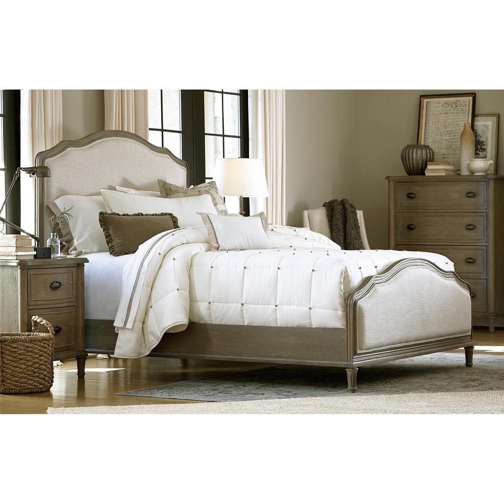 Devon Queen Bed | Universal Furniture