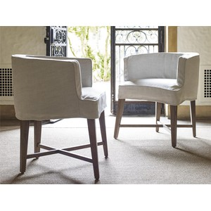 Slip Covered Barrel Chair | Universal Furniture