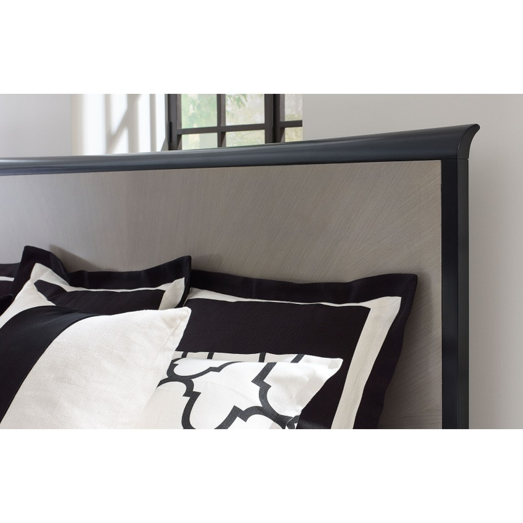 Panel Bed | Legacy Classic