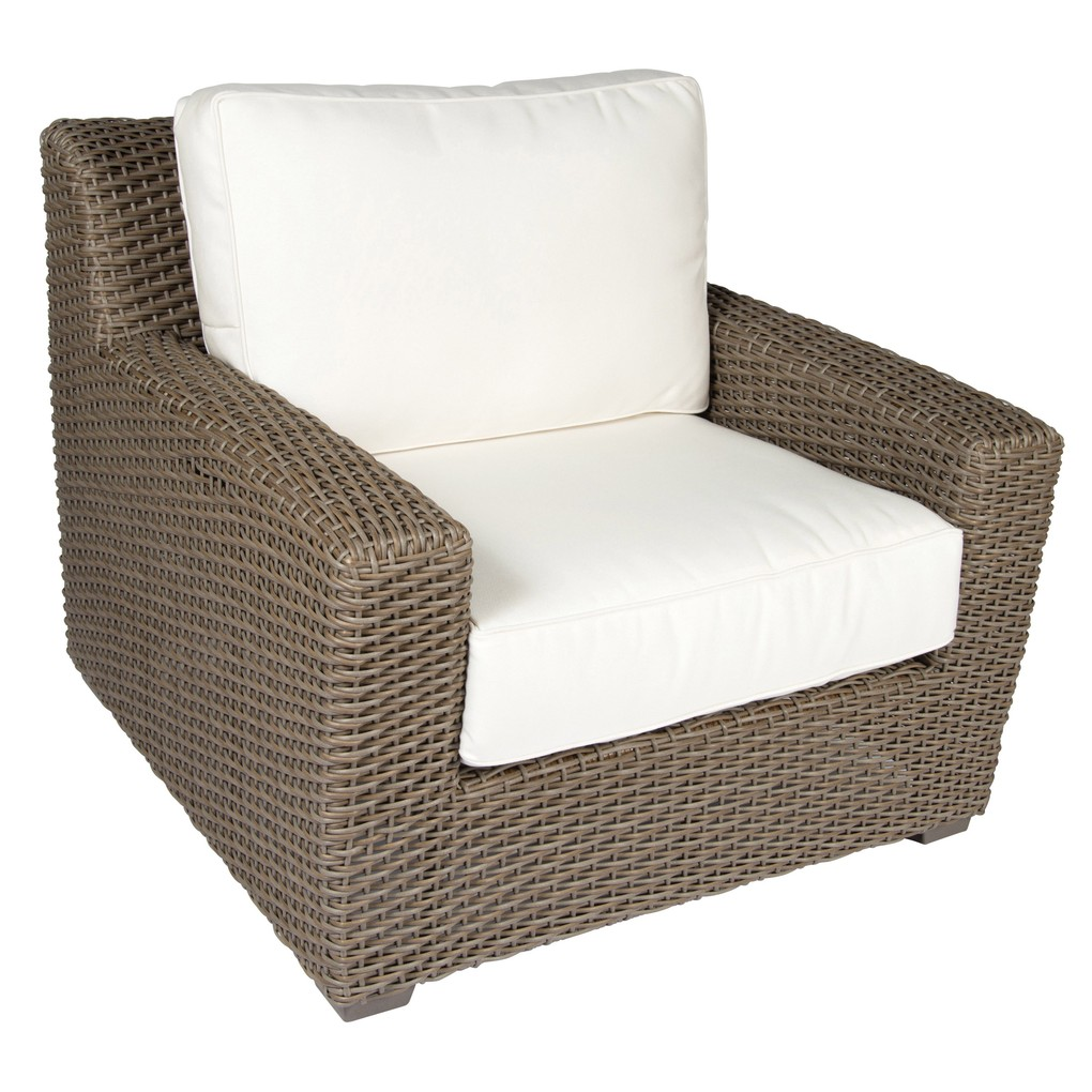 Augusta Stationary Lounge Chair | Woodard