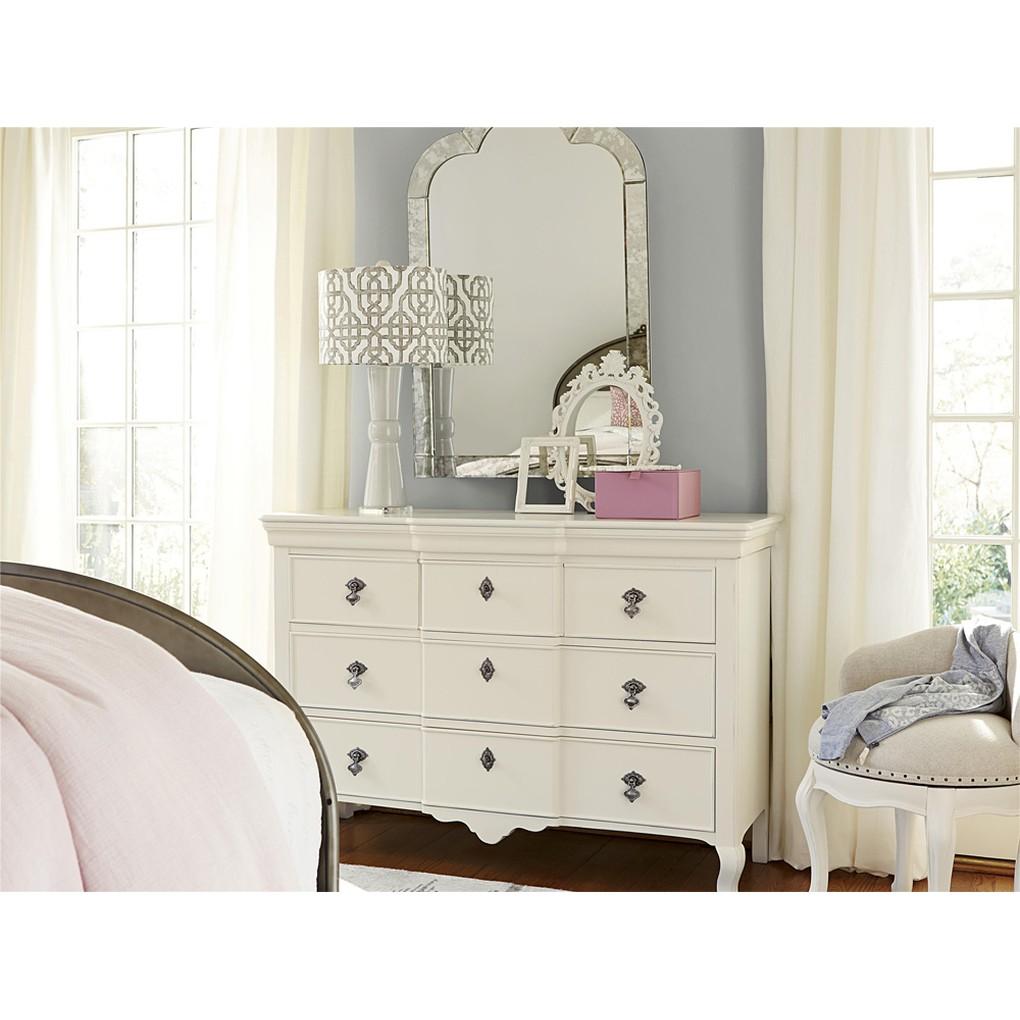 Genevieve Genevieve's Dresser | Universal Smart Stuff