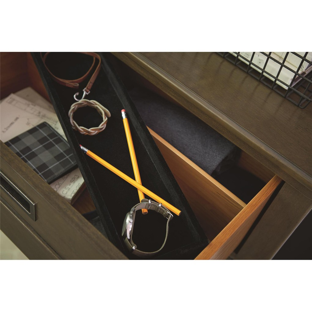 Varsity Drawer Dresser | Universal Smart Stuff