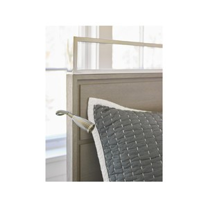 Full Reading Bed | Universal Smart Stuff