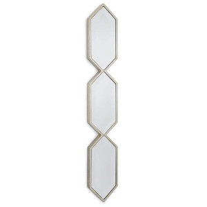 Triple Diamond Wall Panel in Silver