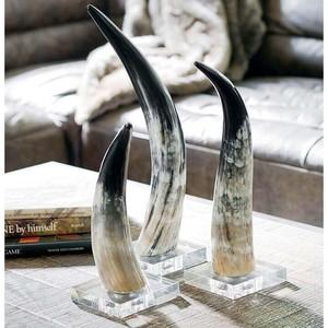 Small Horn on Crystal Base | Regina Andrew