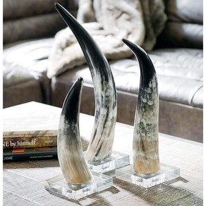 Small Horn on Crystal Base | Regina Andrew