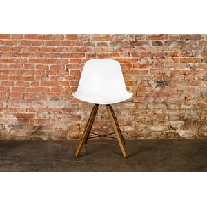Shell Dining Chair | Nuevo