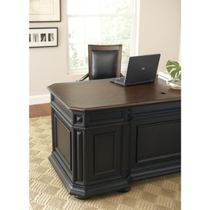 Executive Desk | Riverside