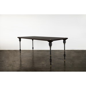 Kimbell Dining Table | Nuevo