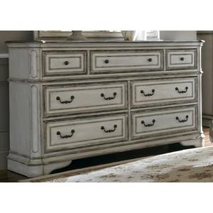 Seven-Drawer Dresser | Liberty Furniture