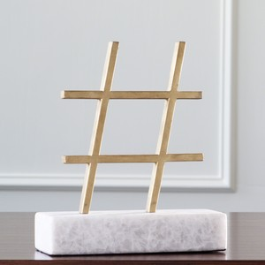 Hashtag in Gold