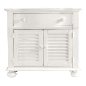 Summerhouse Chest in Saltbox White   Stanley Furniture