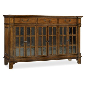 Tynecastle Buffet | Hooker Furniture