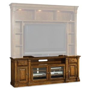 Tynecastle Entertainment Console | Hooker Furniture