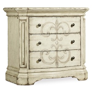 Auberose 3 Drawer Nightstand