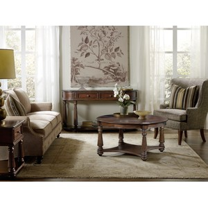 Leesburg Demilune Hall Console | Hooker Furniture